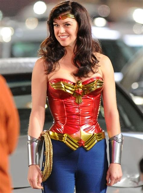 Dante Rants: Now THIS Is A Wonder Woman