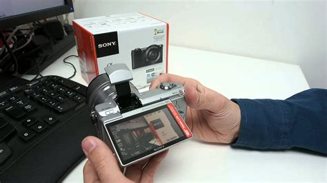 Sony Alpha A5000 : Review - YouTube