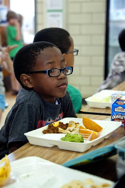 Free picture: African American, boy, photographed, eating