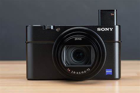 Sony Cyber-shot DSC-RX100 VII Review: Digital Photography
