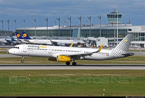 EC-MQB - Airbus A321-231 operated by Vueling Airlines