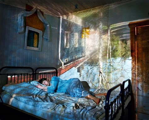 Camera Obscura Reflects Pictures in a New Light Photos