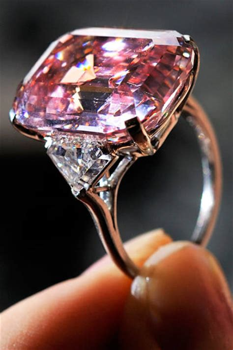 Most Expensive Diamond In The World 2014 - Alux