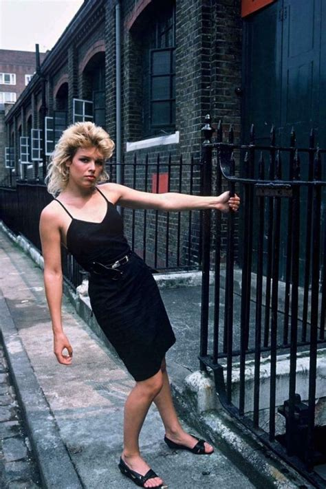 40 Fascinating Vintage Photos of a Young Kim Wilde in the
